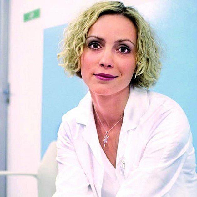 Za mlsání cukroví by mohly hvězdy Ordinace dostat desetitisícové pokuty.