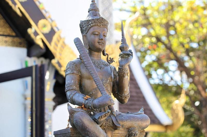S buddhistickým učením souvisí také jóga, meditace a ajurvéda.