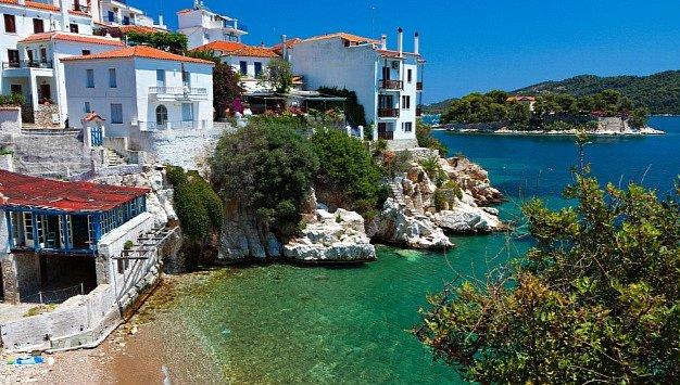 Skiathos je nádherný ostrov na východě Řecka.