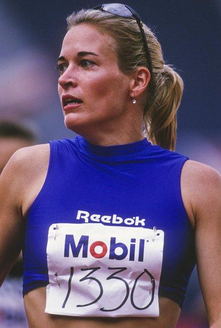 Suzy na závodišti