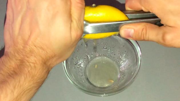 Pomozte tomu, aby váš citrón produkoval více šťávy!