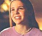 Chloe Madison je mladší sestra Mac. Díky Mac a posádce JAGu se jí podaří setkat se se svým pravým otcem. Je to taková ta roztomilá duše seriálu.
