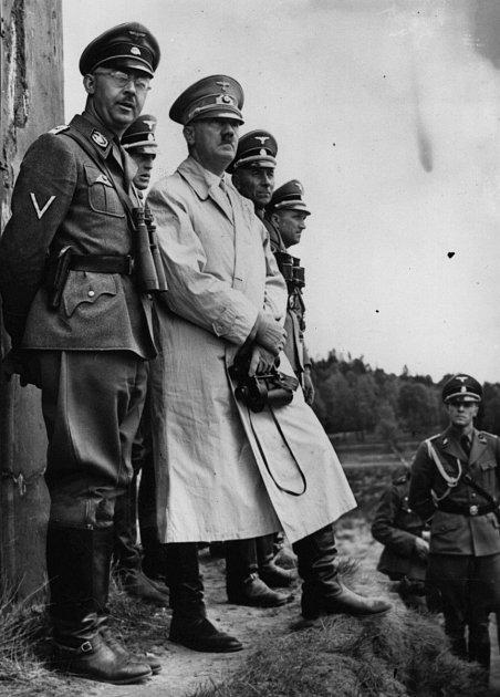Heinrich Himmler a Adolf Hitler