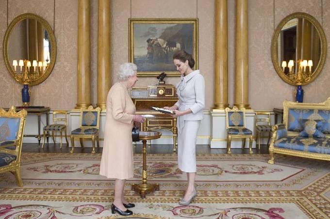 """Pokoj v Buckinghamském paláci zvaný """"Pokoj 1844"""""""