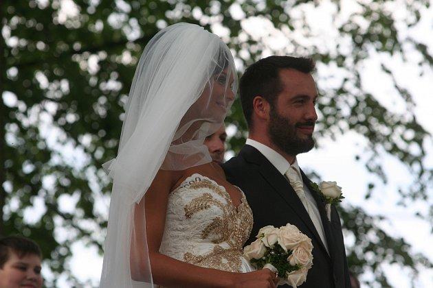 Gábina Dvořáková a Václav Bárta si řekli své 'Ano' na jihu Čech.