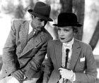 28 let: Vefilmu Plavovlasá Venuše (1932) se potkal shvězdnou Marlene Dietrichovou.