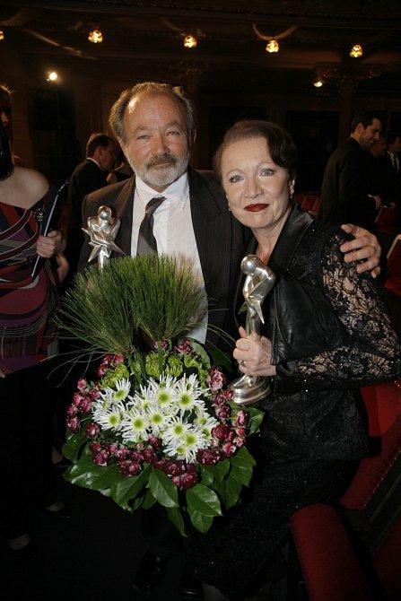 Hana Maciuchová s Rudolfem Hrušínským