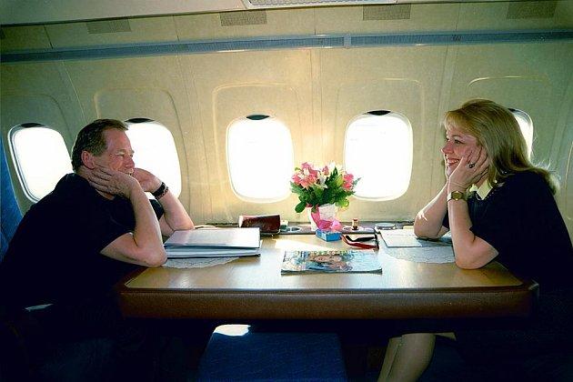 Na fotce je vidět, jak moc byli zamilovaní.