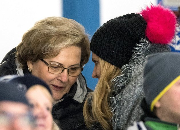 Maminka Tomáše Plekance si skvěle rozumí sjeho milenkou.