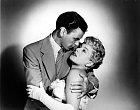 SFrankem Sinatrou si zahrála vmuzikálu Meet Danny Wilson (1951).