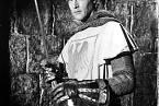 V seriálu Ivanhoe (1958) si připadal spíše jako hasič.