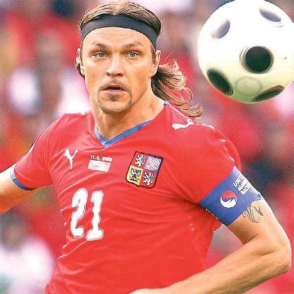 Kapitán Ujfaluši chce dovést Čechy za vítěztvím. Na burácejícím stadionu vChorzówě to však nebude žádná legrace.