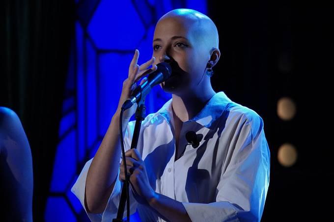 Anička Slováčková bojuje s rakovinou prsu, její pracovní kalendář tomu ale rozhodně neodpovídá. Místo relaxu si mladá zpěvačka nadělila více práce, než kdy dřív.