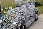 Tohle autíčko vyrobila společnost Orion ku příležitosti výročí založení filmy. Boží, že? Akorát s ním není dobrý nápad vyjet v dešti.