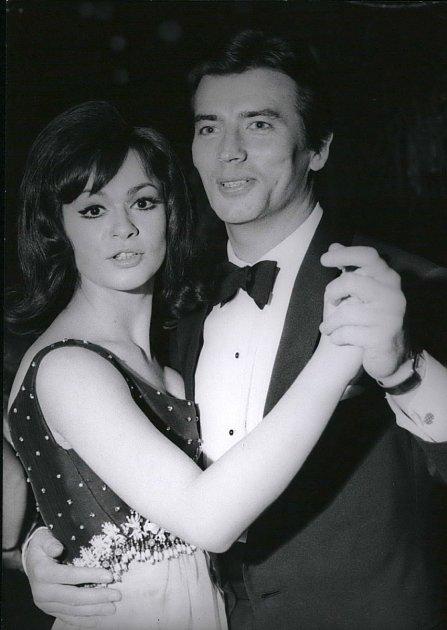 37 let: Naplese sMarií Versiniovou, která hrála Vinnetouovu sestru Nšo-či.