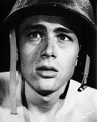 Začátek kariéry veválečném filmu Fixed Bayonets! (1951)