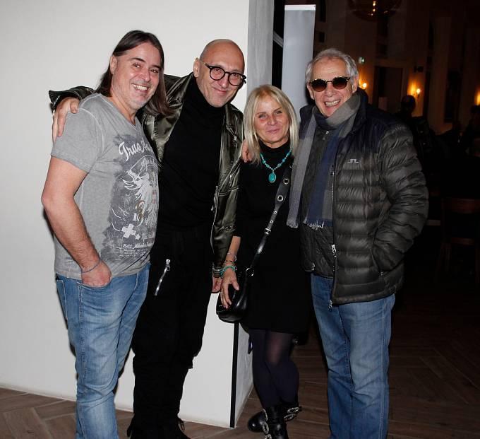 Josef Laufer s kolegy z divadla