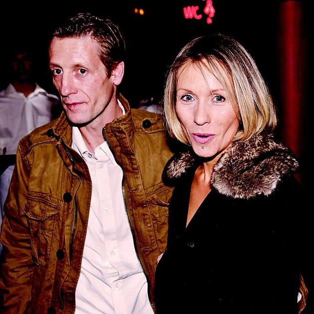 Tereza Pergnerová a Jiří Chlebeček i přes občasné bouřky ve vztahu doposud patřili ke stabilním párům českého showbyznysu.