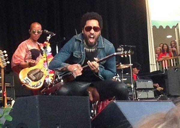 Všichni vidíte, co Lennymu vypadlo!