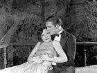 Herecké ostruhy získávala ivkomedii Taxi Dancer (1927).