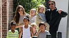 Angelina s Bradem vychovávají celkem šest dětí.