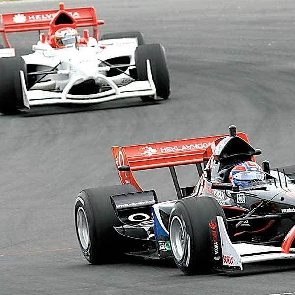 Závody formule A1 na Novém Zélandu.