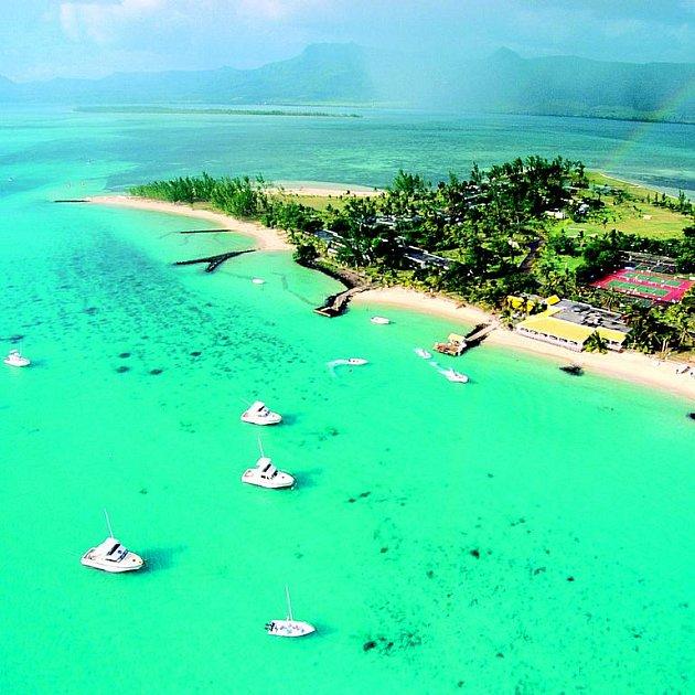 Ostrůvek v Indickém oceánu působí jako rajská zahrada.