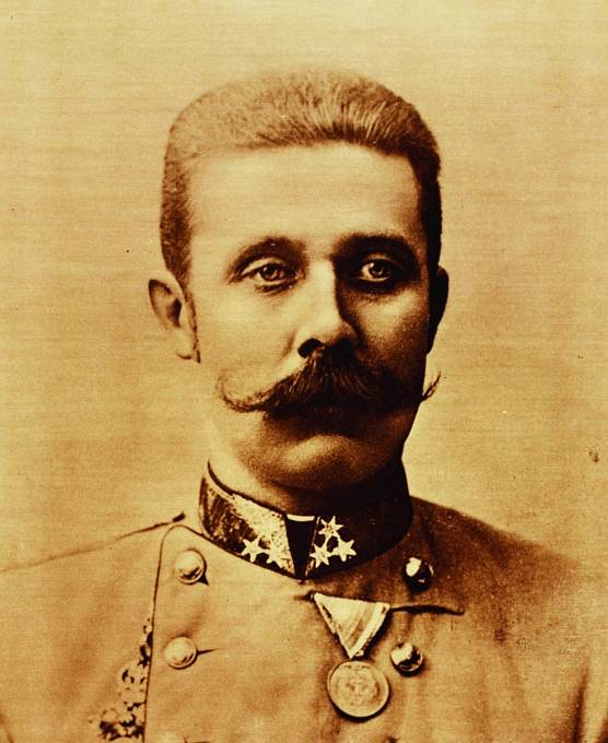 František Ferdinand d´Este, další oběť prokleté stavby.