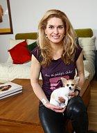 Nedávno do domácnosti přibyla i čivava jménem Anička.