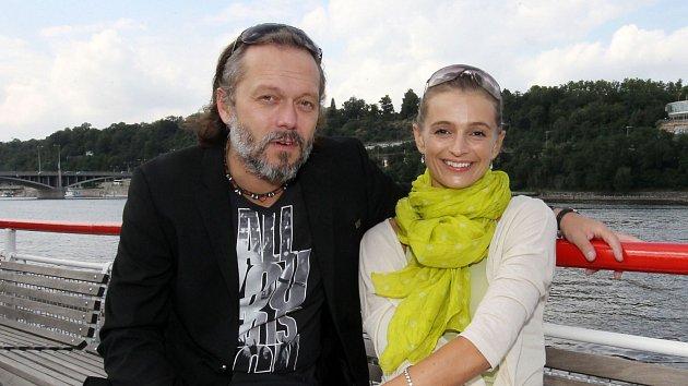Viktor Dyk a Ivana Jirešová