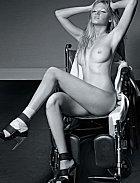 Lara Stone pózovala nahá už i pro Playboy.