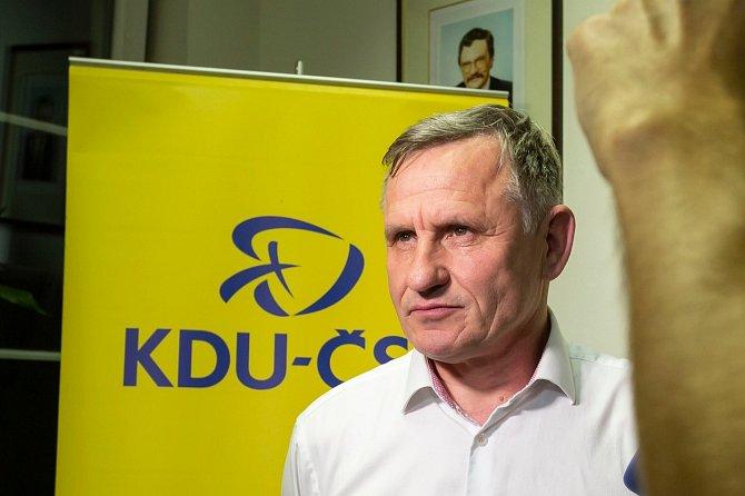 Jiřího Čunka obvinila ze sexuálního obtěžování jeho sekretářka.