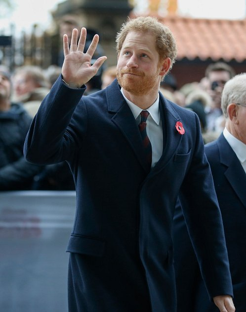 Princ Harry se možná bude muset se svou novou láskou rozloučit.