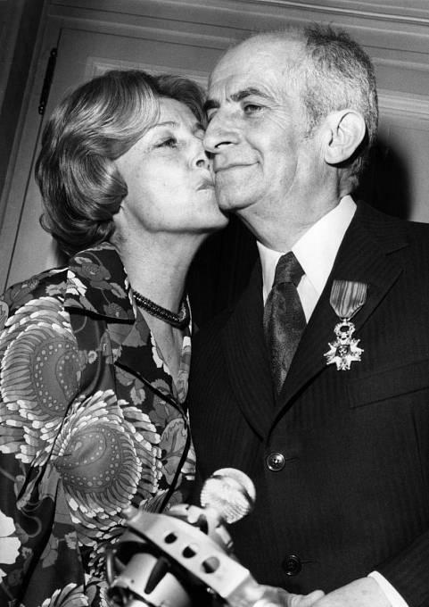 Vroce 1973 získal Řád čestné legie. Blahopřála mu imanželka Jeanne.
