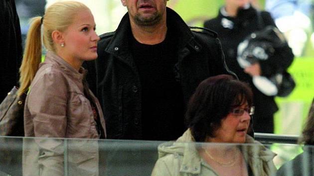 Šárka Vaňková: Z nákupu dvojice odjížděla obtěžkána taškami.