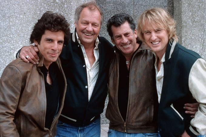 Vefilmu Starsky aHutch (2004) se Paul aDavid setkali se svými nástupci Benem Stillerem (vlevo) aOwenem Wilsonem (vpravo).