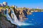 Antalya s dech beroucím vodopádem Duden je jen 40 kilometrů daleko.