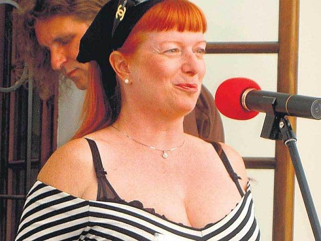 Bývalá Bedřiška z Kleinových Básníků Bára Štěpánová oznámila, že si hodlá vybrat blíže neurčenou pauzu.