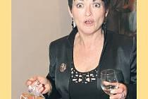 Valérie Zawadská sice cenu nedostala, tak se alespoň chlubila Thalií z perníku.