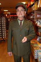 Oldřich Kaiser v oblíbené uniformě
