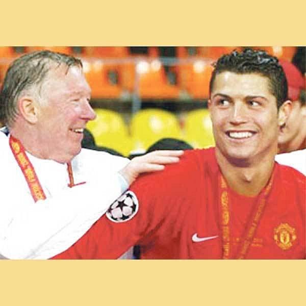 Sláva, dostal jsi rozum, chválí trenér Ferguson Ronalda, který přece jen zůstane v Manchesteru.