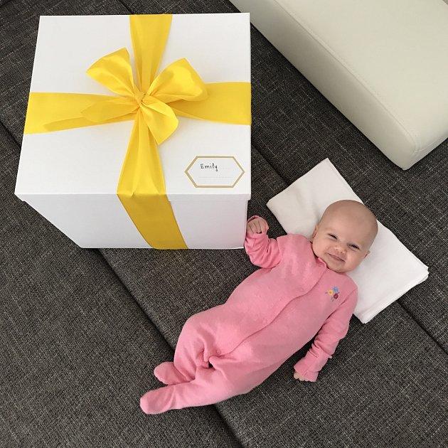 Malá Emily je neskutečně roztomilé miminko.
