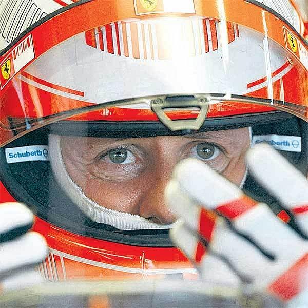 Sedminásobný světový šampion Schumacher odvedl při testování nového monopostu F2008 perfektní práci.