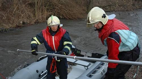 Chlapec byl nalezen mrtvý v řece Svratce.