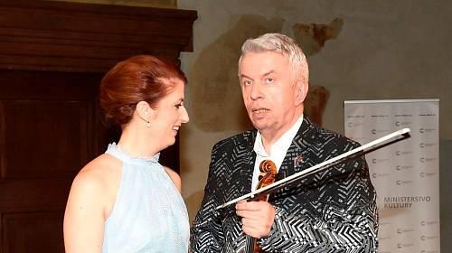 Monika Trávníčková a Jaroslav Svěcený