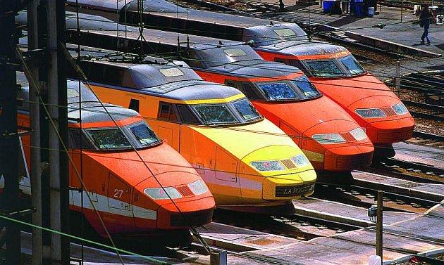 TGV a jejich typická oranžová barva.