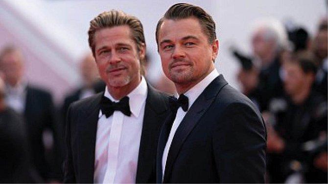 Brad Pitt a Leonardo DiCaprio.