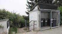 K nálezu ostatků došlo v pražské Troji v místech, která policie v minulosti několikrát prohledávala.