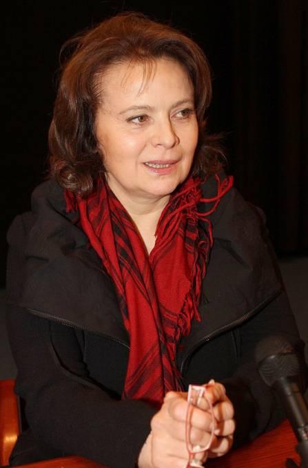 Velkou podporu má Libuška Šafránková i ve své rodině, v manželovi Josefu Abrhámovi, v synovi Josefovi a také v sestře Miroslavě, která za ni ocenění přebrala.