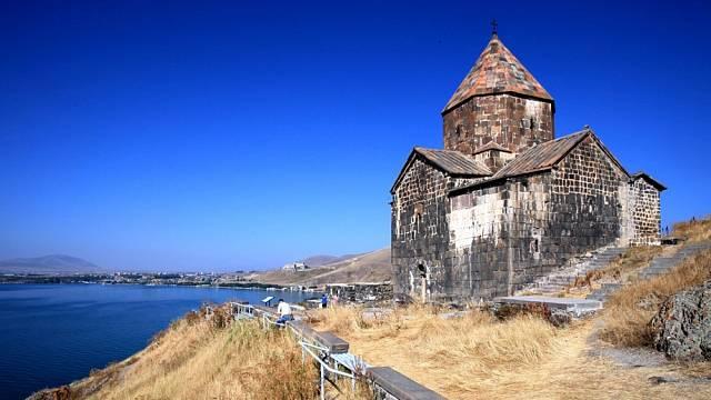 Kvůli takovým výjevům se vyplatí do Arménie jet.